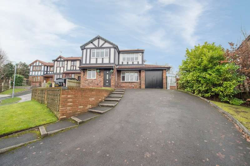 4 Bedrooms Detached House for sale in Ashurst Close, Harwood, Bolton, BL2