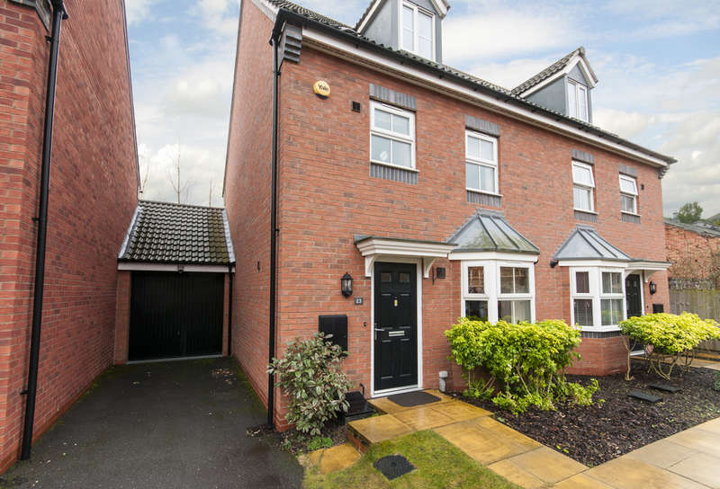 4 Bedrooms Semi Detached House for sale in Gough Grove, Long Eaton