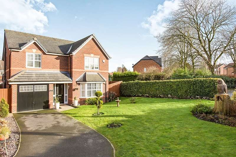 4 Bedrooms Detached House for sale in Whirley Road, Macclesfield, SK10
