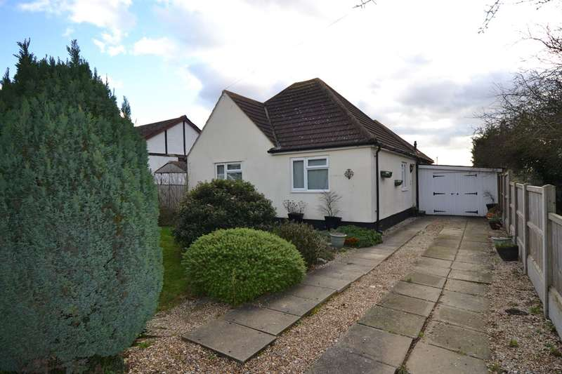 3 Bedrooms Detached Bungalow for sale in Hazlemere Road, Seasalter, Whitstable