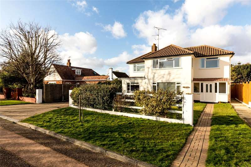 4 Bedrooms Detached House for sale in Kingsway, Aldwick, West Sussex, PO21