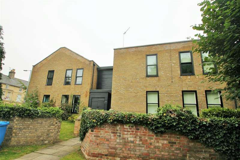 1 Bedroom Apartment Flat for sale in Menai Court, Bowthorpe Rd, Ipswich