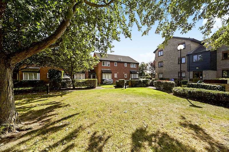 1 Bedroom Property for sale in Firs Close, MITCHAM, CR4