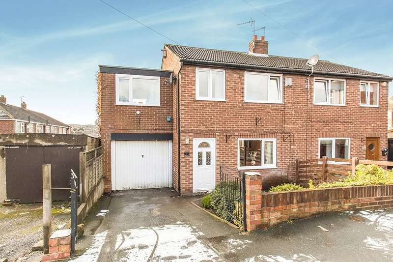 3 Bedrooms Semi Detached House for sale in Elizabeth Grove, Morley, Leeds, LS27