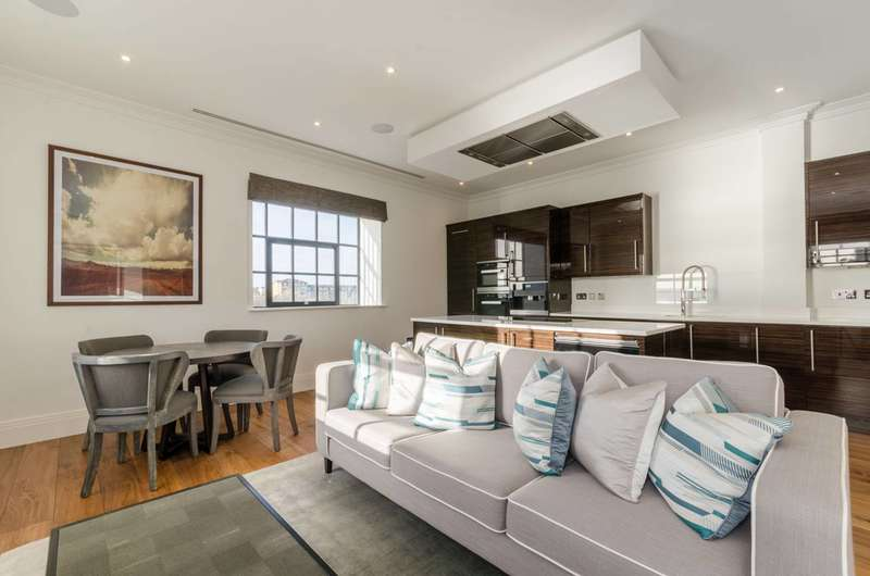 3 Bedrooms Flat for rent in Palace Wharf, Hammersmith, W6