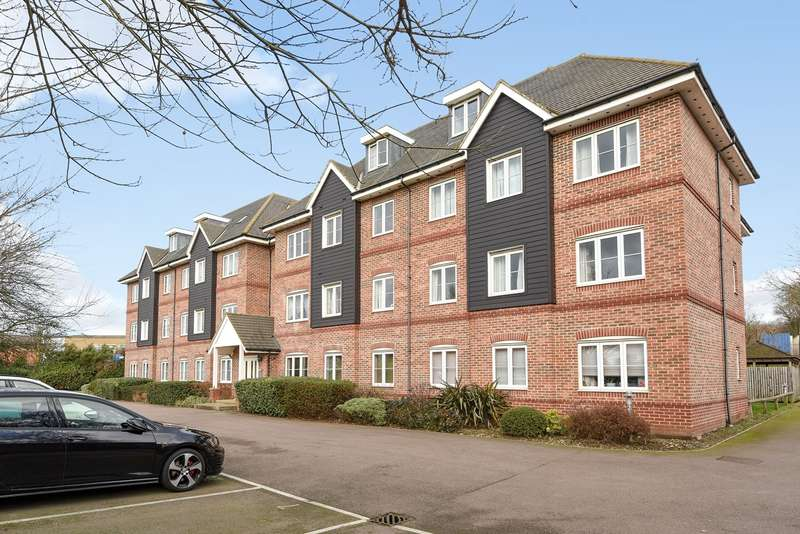 2 Bedrooms Apartment Flat for sale in Cadwell Green, Cadwell Lane, HITCHIN, SG4