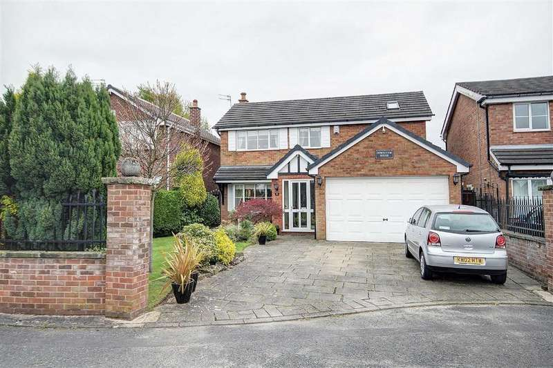 4 Bedrooms Detached House for sale in Downham Chase, Timperley, Cheshire