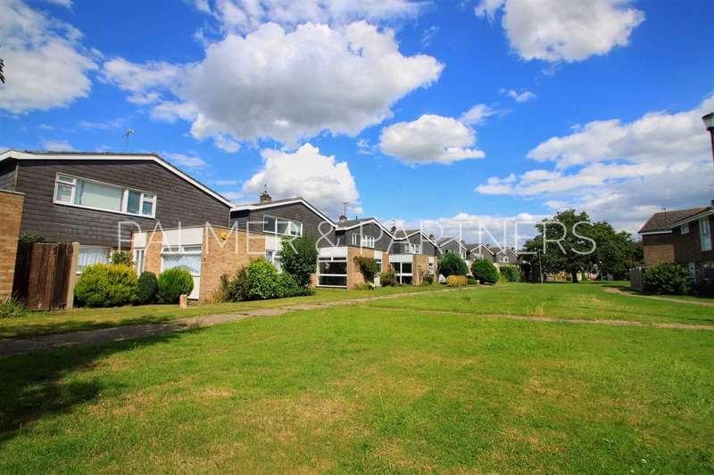 3 Bedrooms Detached House for sale in Godmans Lane, Marks Tey, Colchester