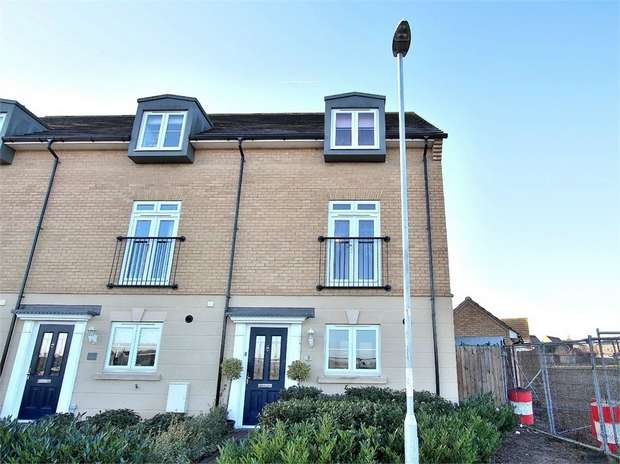4 Bedrooms End Of Terrace House for sale in Dunmow, Essex