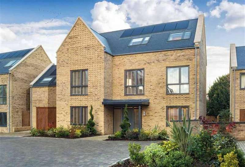 5 Bedrooms Detached House for sale in Oakwell Grange, Well Grove, Whetstone, London