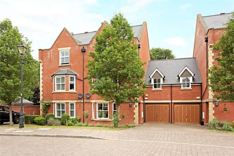 4 Bedrooms Terraced House for sale in Longbourn, Windsor, Berkshire, SL4