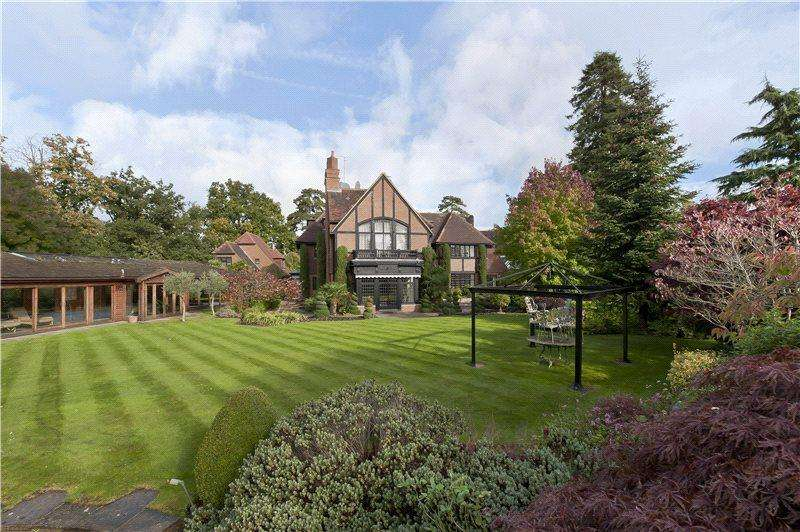 6 Bedrooms Detached House for rent in Horseshoe Ridge, St George's Hill, Weybridge, Surrey, KT13