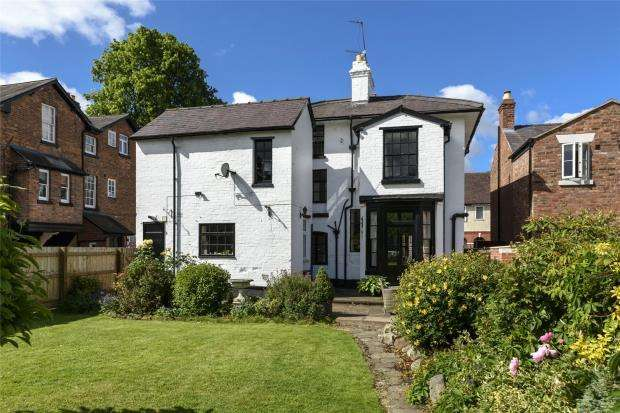 5 Bedrooms Detached House for sale in Belle Vue Lodge, Trinity Street, Shrewsbury, Shropshire