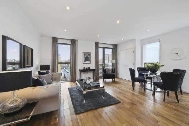 2 Bedrooms House for sale in Pitfield Street, Hoxton, London, N1