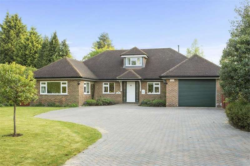4 Bedrooms Detached Bungalow for sale in 30a Abbotswood, Guildford, Surrey