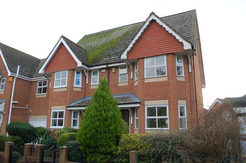3 Bedrooms End Of Terrace House for sale in Bournemouth