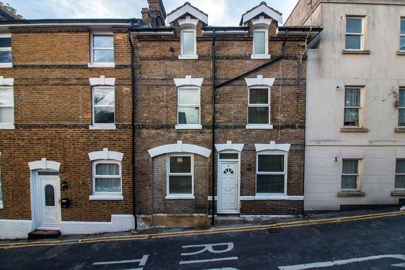 4 Bedrooms Town House for sale in Margate