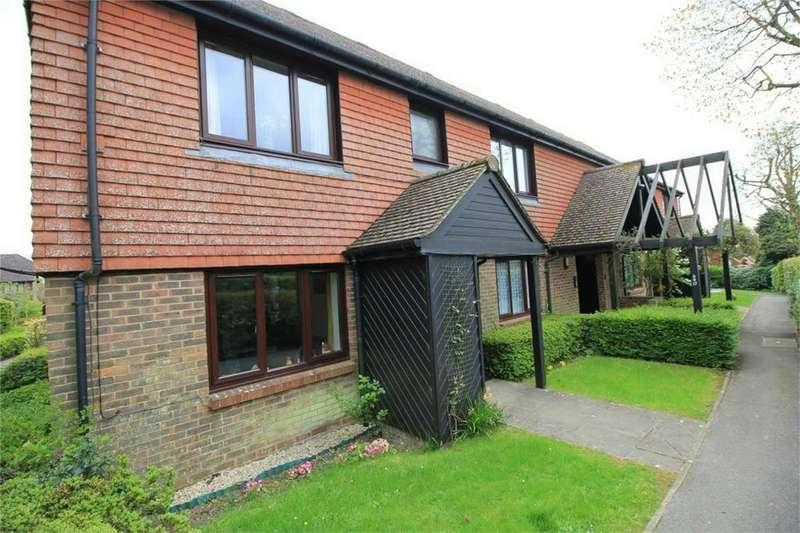 2 Bedrooms Retirement Property for sale in Market Road, BATTLE, East Sussex