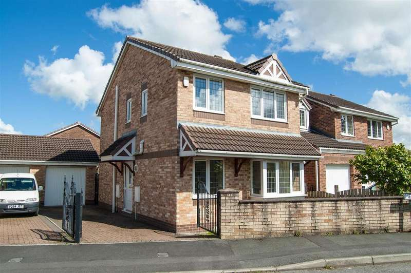 3 Bedrooms Detached House for sale in Meadowhead Drive, Rishton, Blackburn
