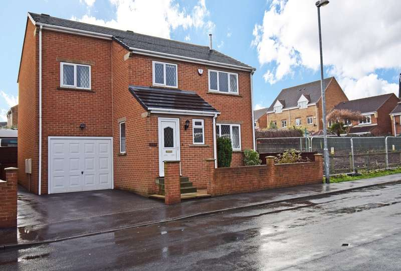 4 Bedrooms Detached House for sale in Denby Dale Road West, Wakefield