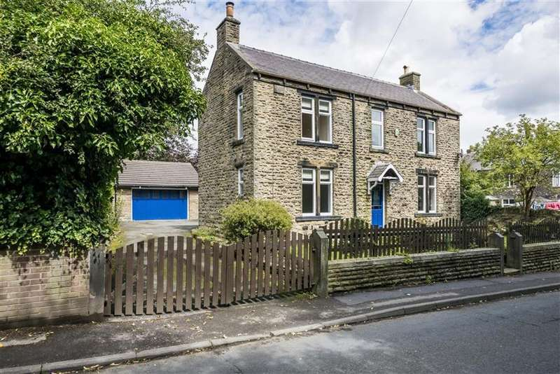 4 Bedrooms Detached House for sale in Upper Lane, Emley, Huddersfield, HD8