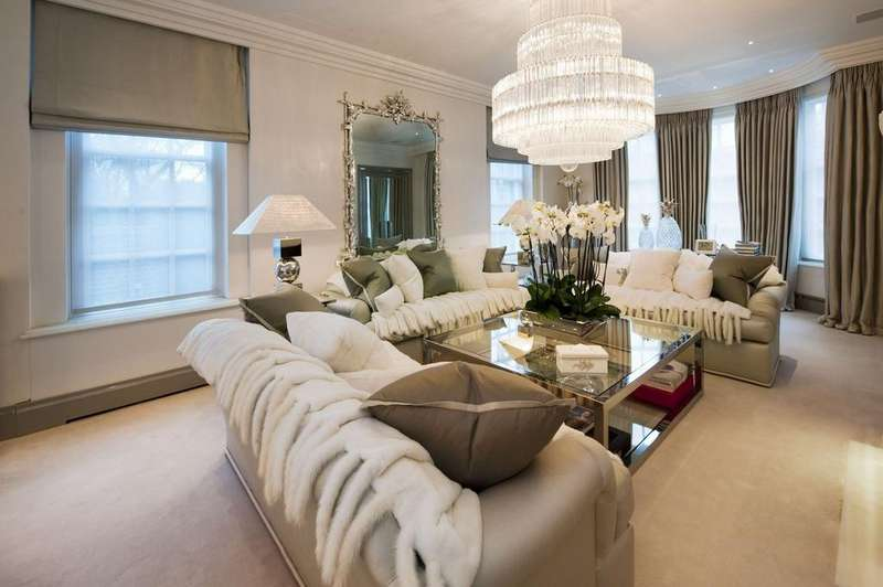 7 Bedrooms House for sale in Avenue Road, London. NW8