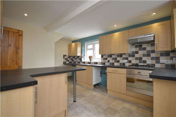 3 Bedrooms Semi Detached House for rent in Park Road, STONEHOUSE, Gloucestershire, GL10