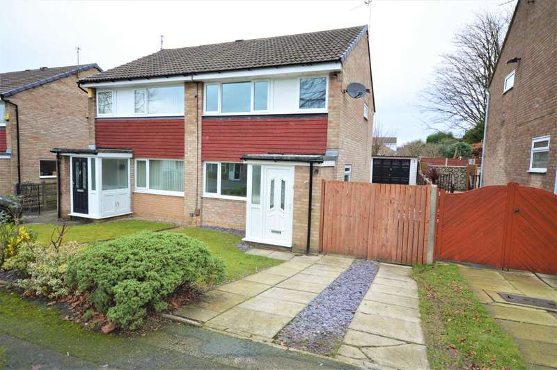 3 Bedrooms Semi Detached House for sale in Torrin Close, Davenport