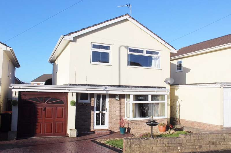 3 Bedrooms Detached House for sale in Hunter Close, Rogerstone, Newport, NP10