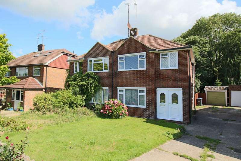3 Bedrooms Semi Detached House for sale in Friars Oak Road, Hassocks, West Sussex.
