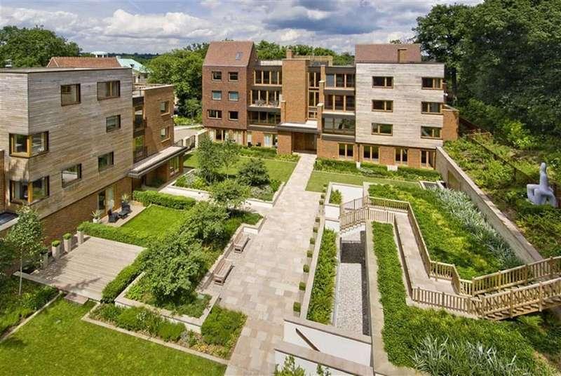 4 Bedrooms Flat for sale in The Bishops Avenue, Kenwood, London, N2