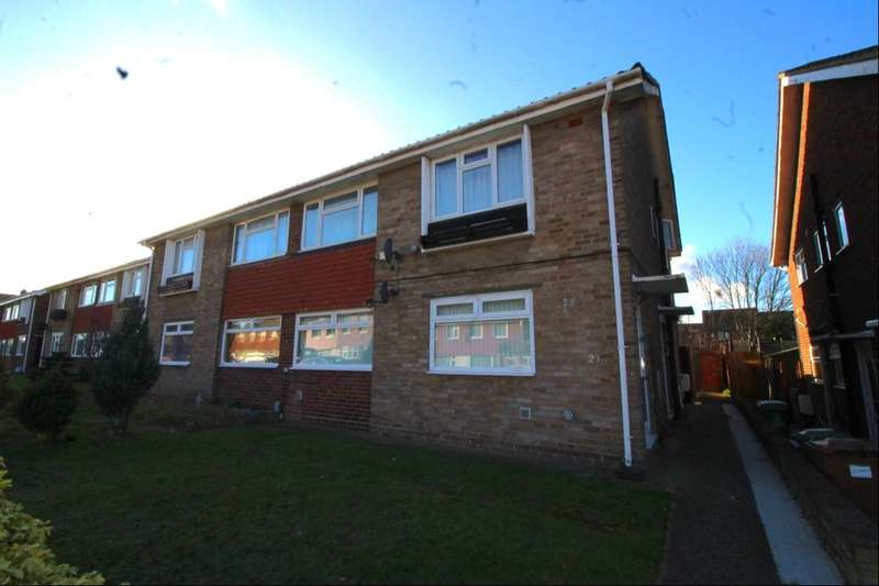 2 Bedrooms Flat for sale in Glebelands, Crayford , DA1