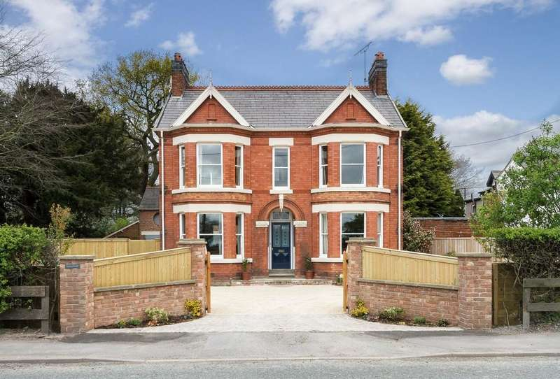 4 Bedrooms Detached House for sale in Sunnybank, Clotton, CW6 0EG