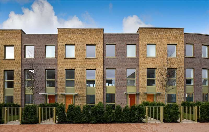 3 Bedrooms House for sale in The Crescent, London, SE3