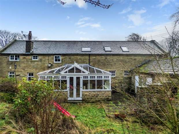 5 Bedrooms Detached House for sale in Moorhouse Lane, Oxenhope, Keighley, West Yorkshire