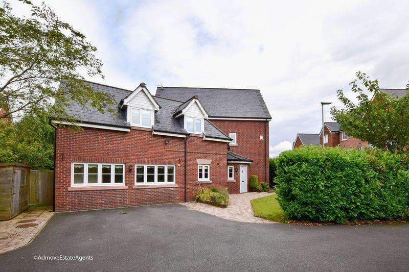 5 Bedrooms Detached House for sale in Chaise Meadow, Lymm