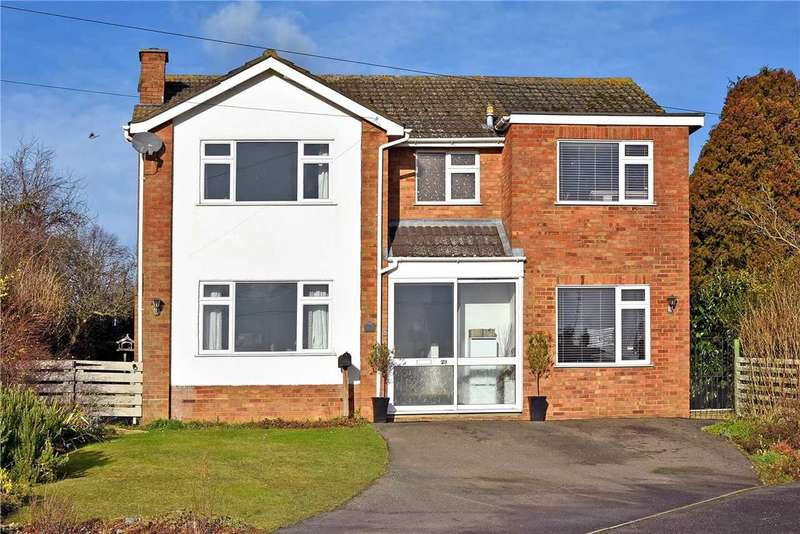 4 Bedrooms Detached House for sale in Glenfield Drive, Great Doddington, NN29 7TE