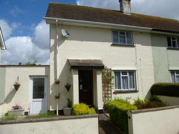 2 Bedrooms Semi Detached House for sale in Plough Green, Saltash, Cornwall