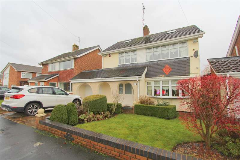 3 Bedrooms Detached House for sale in Longmeadow Road, Knowsley, Knowsley Village, Prescot