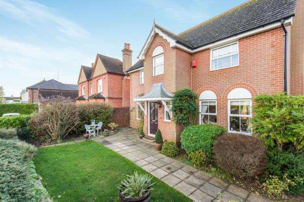4 Bedrooms Detached House for sale in Milford, Godalming, Surrey