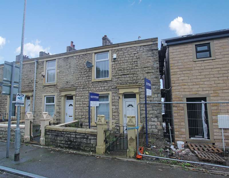 2 Bedrooms Terraced House for sale in Harwood Street, Darwen, BB3 1PA