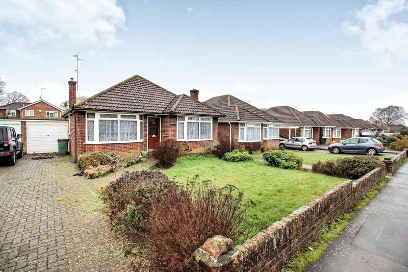3 Bedrooms Detached Bungalow for sale in Agate Lane, Horsham