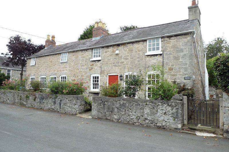 3 Bedrooms Detached House for sale in Church Street, Rhuddlan