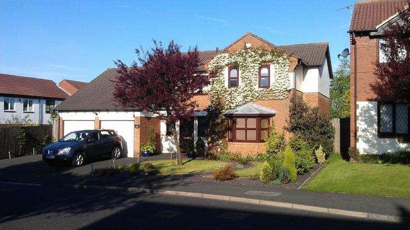 5 Bedrooms Detached House for sale in West Mount, Killingworth