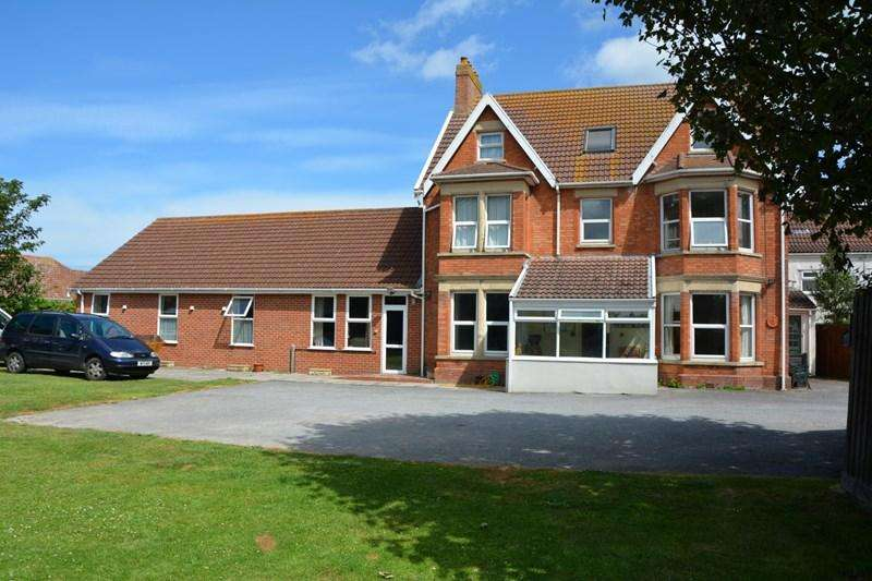 10 Bedrooms Semi Detached House for sale in Berrow Road, Burnham-On-Sea
