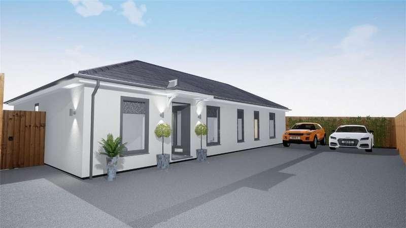 3 Bedrooms Detached Bungalow for sale in Knelle Road, Robertsbridge, East Sussex