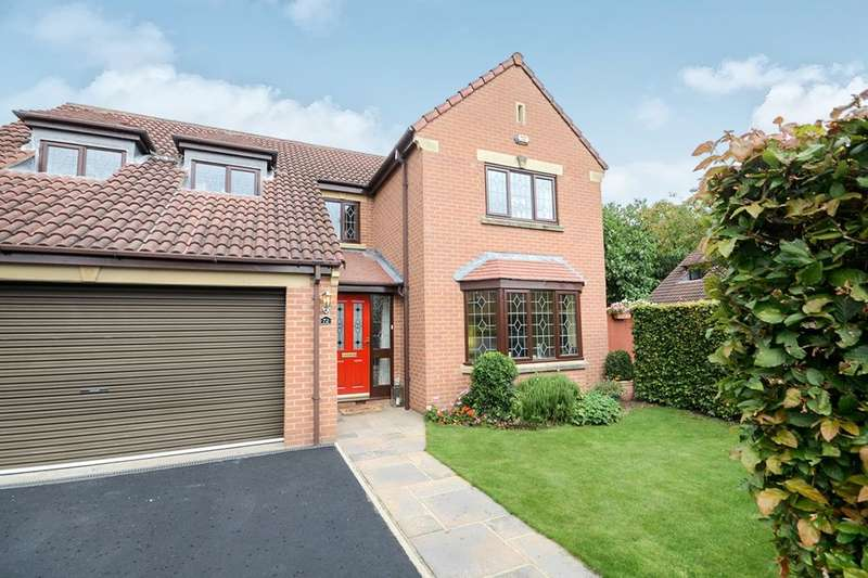 4 Bedrooms Detached House for sale in Alness Drive, York, YO24