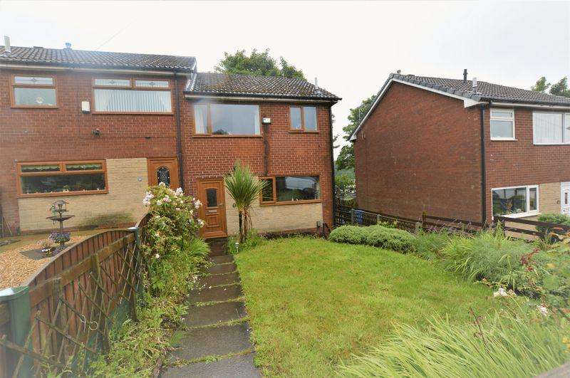 3 Bedrooms Town House for sale in Hilary Street, Rochdale