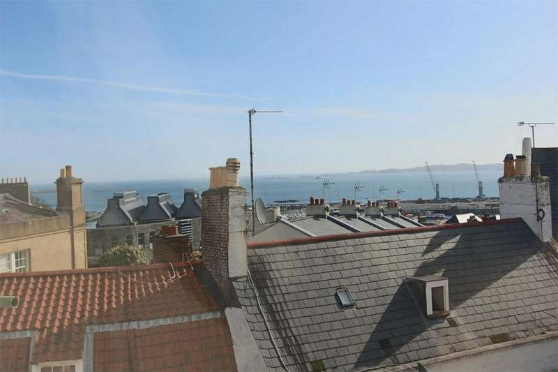 2 Bedrooms Flat for sale in Apartment 3, 5 Saumarez Street, St Peter Port