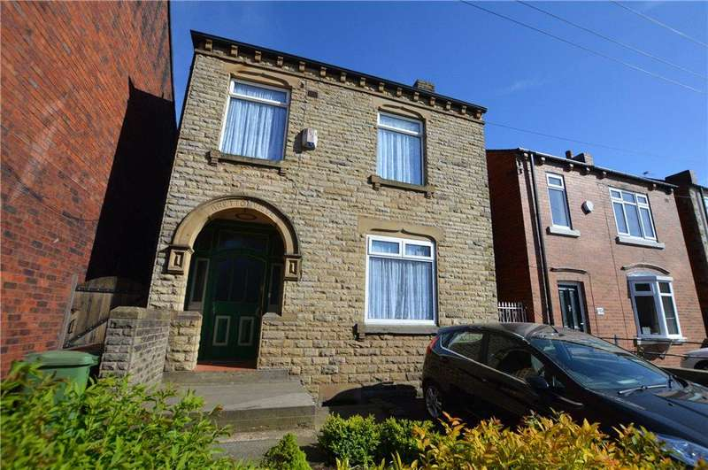 3 Bedrooms Detached House for sale in Church Street, Ossett, West Yorkshire